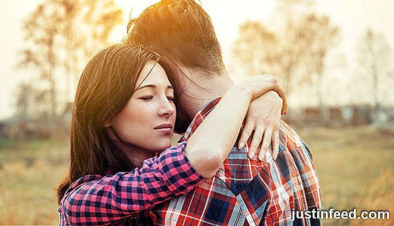 Fotos, die von Betrügern auf Dating-Seiten verwendet werden