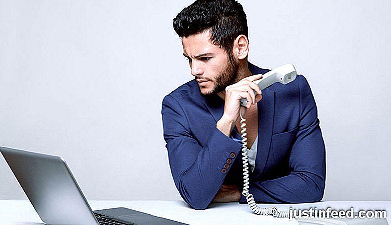 Ex datieren jemand anderes, will aber Freunde sein Kostenlose Dating-Seite zum Chat