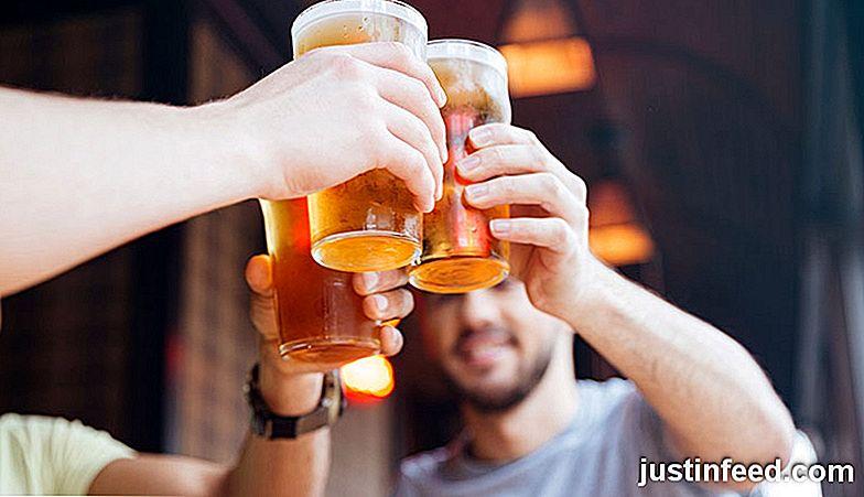 12 Wesentliche männliche Getränke und die Arten von Männern, die sie ...
