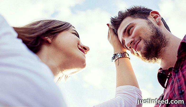 Uscire con qualcuno al di fuori della tua cerchia sociale